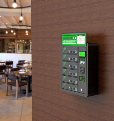 Plug-in Box | La colonnina ricarica telefoni universale